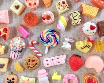 100 PCS Assorted Cabochon Decoden Deco Flatback Bread Cake Pastry Chocolate Candy Sweet Dessert Fruit Cabochon Mix