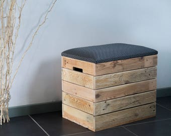 Wooden chest bench, black fabric