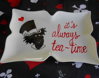 Serving plate - Alice's Adventures in Wonderland