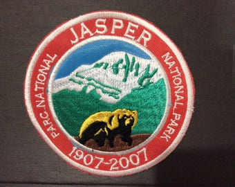 Patch Jasper National Park - Alberta - Canada - Grizzly Bear - Wolwerine - Cougar - UNESCO World Heritage