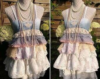 Magnolia lace tunic, mini romantic gypsy dress. Boho Ruffle Tunic, Handmade crochet and jean. Stevie Nicks Style, Festival Boheme Clothing.
