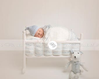 Newborn Digital Backdrop (bed/white/blue/rabbit)