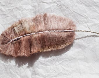Powdered ostrich: Feather textile jewelry, jewelry bags, accessories, decoration...