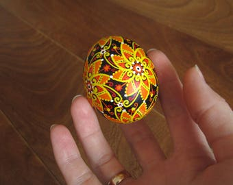 Hand painted Easter eggs.Pysanka.Ukrainian real Easter eggs.Batic eggs.Chicken pysanka.Ukrainian egg.Free shipping