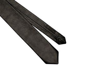 Noir Leather Tie