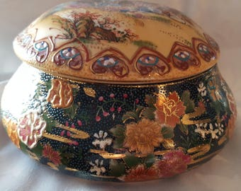 Royal Satsuma hand painted bowl with lid