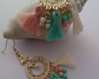 colors earrings pastel green and salmon