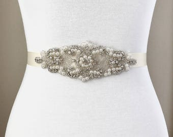 Bridal Belt, bridesmaid belt, Bridal Sash, Wedding Belt, Wedding Sash Rhinestone and Pearl Sash