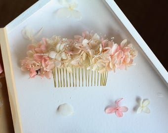 Pale Pink Preserved Flowers Hair Ornament