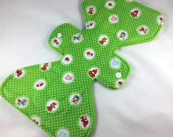 """Red Riding Hood - Green - 11"""" inch - 2L - Reusable Cloth Pad"""