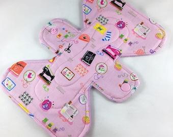 "Mini Sewing Tools - Pink -  7"" inch - 3L- Reusable Cloth Pad"