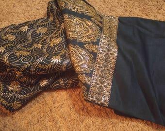 Authentic Woollen Kashmiri Shawl (Made in India)