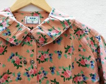 Vintage SHIRT//vintage clothing/vintage pattern/gift for women/floral Print/vintage print/retro/90s/vintage fashion/80s