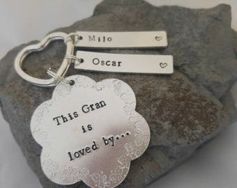 Personalised Hand Stamped Keyring. Mother's day. Mummy gift, Granny gift. This Gran is loved by flower keyring