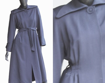 Rare Vintage 1935 Paramount Studios,Hollywood Navy Blue Wool Gaberdine Coat with Silk Lining. US Size Small