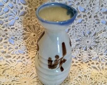 Ceramic soy pot