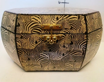 Storage Box/ Zebras
