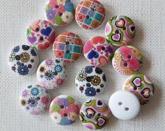 16 buttons round wood 1.5 cm sewing / scrapbooking MIX flower II