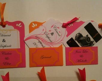 pouch and escort cards, hang or stick on frame