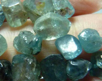 40 ct of natural Blue Zircon Crystal - From the Daklak Province, Vietnam 4711