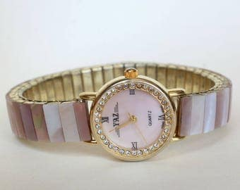 Natural Real Mother of Pearl Watch Pink Mussel Shell Band and Dial Gift for Her Birthday