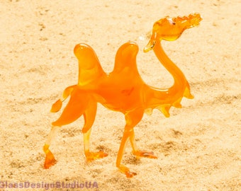 Glass figurine Camel glass animals home decor gift for him blown glass gift for her Camel miniature figurines Murano glass Lampwork art Gift
