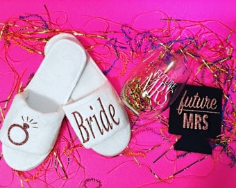 Bride Slippers, Wedding Slippers, Spa Slippers, Bridal Gifts, Bridesmaids Gifts,Personalized Slippers , Maid of Honor Slippers,