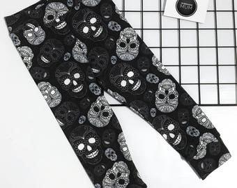 Black sugar skull leggings