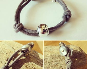 Waxed cotton bracelet Assemblage and French creation