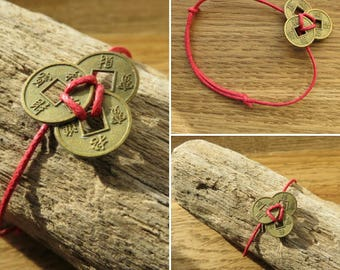 Chinese coins Assemblage bracelet and French creation