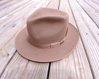 Vintage men's  Resistol  Majestic fedora hat 1960s size 6 7/8?