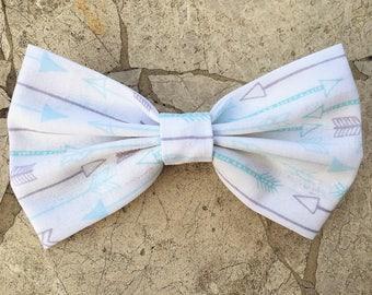 Blue and grey arrow hair bow