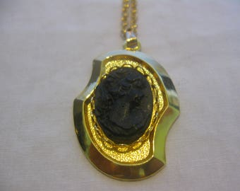 Notched Pendant