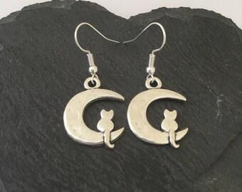 Cat & moon earrings / cat earrings / cat jewellery / cat lover gift / animal earrings / animal jewellery / animal lover gift