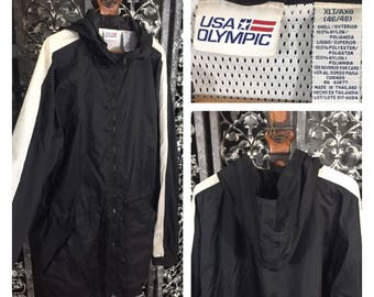 Vintage Windbreaker XLT Hoodie Jacket Anorak Black 100% Nylon USA Olympic Mesh Lining Lightweight Soft Zip Up Hood Hiking Rain Coat