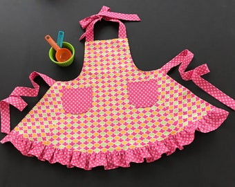 Girl's Apron, Little Girl's Apron, Pink & Green Print Apron, Child's Apron, Little Girl's Bib Apron, Little Girl's Apron with Ruffle, Apron