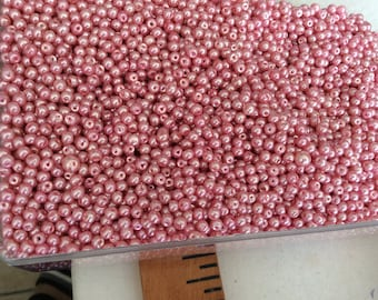 Pink Pearly 4 mm glass Pearl as a set of 10 gr