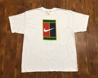 Vintage 1990's NIKE bootleg T-shirt Deadstock NWT Size XL Unisex reggae colors big logo Rare design green red yellow rasta