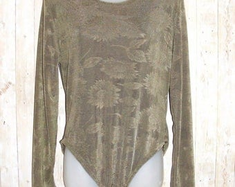 Size 16 vintage 80s high cut bodysuit/leotard long sleeve green floral (HN72)
