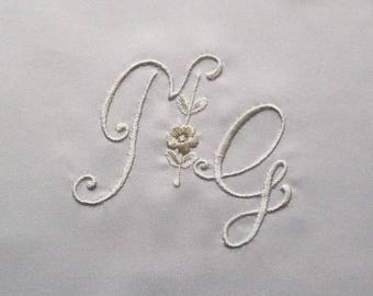 Embroidered monograms Ref. 1794
