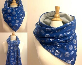 Cubs cowl scarf