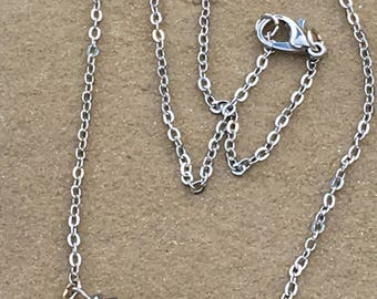 Blue glass luster rondelle bar necklace