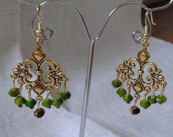 """Earrings """"gold connector and green beads"""""""