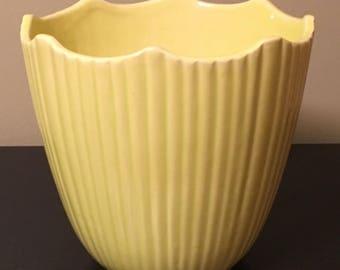 Very large, vintage, yellow, McCoy pottery planter, 1967, Mount Clemens Era, MCP 632