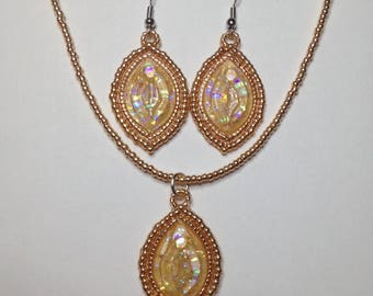 Vulva Necklace and Earring Set