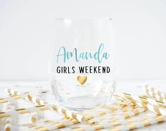 Personalized Wine glass-  Girls Weekend Wine Glass- Girls Trip Wine Glass- Girls Weekend Favor- Girls Weekend Gift- watercolor- Bachelorette