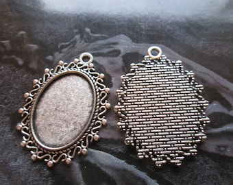 medium silver pendant cabochon 25 x 18 mm