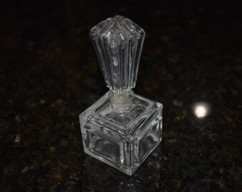 Vinatage cube Perfume bottle with stopper
