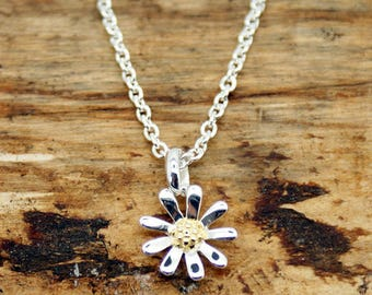 Sterling Silver Daisy Flower Pendant and Chain (RPP-2)