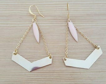 Light pastel and gold earrings